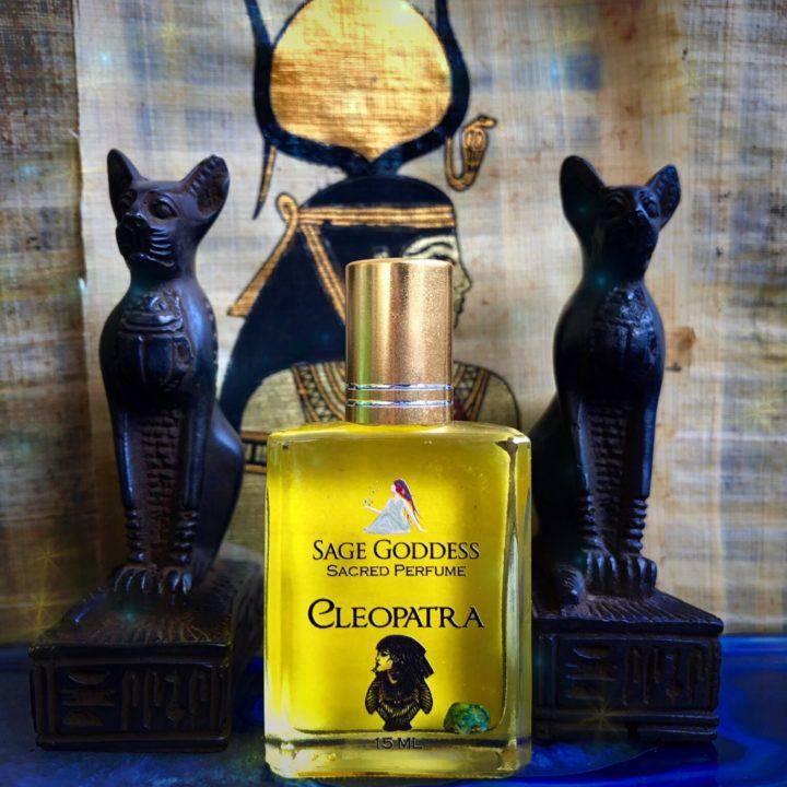 Cleopatra_Perfume_1of1_8_4