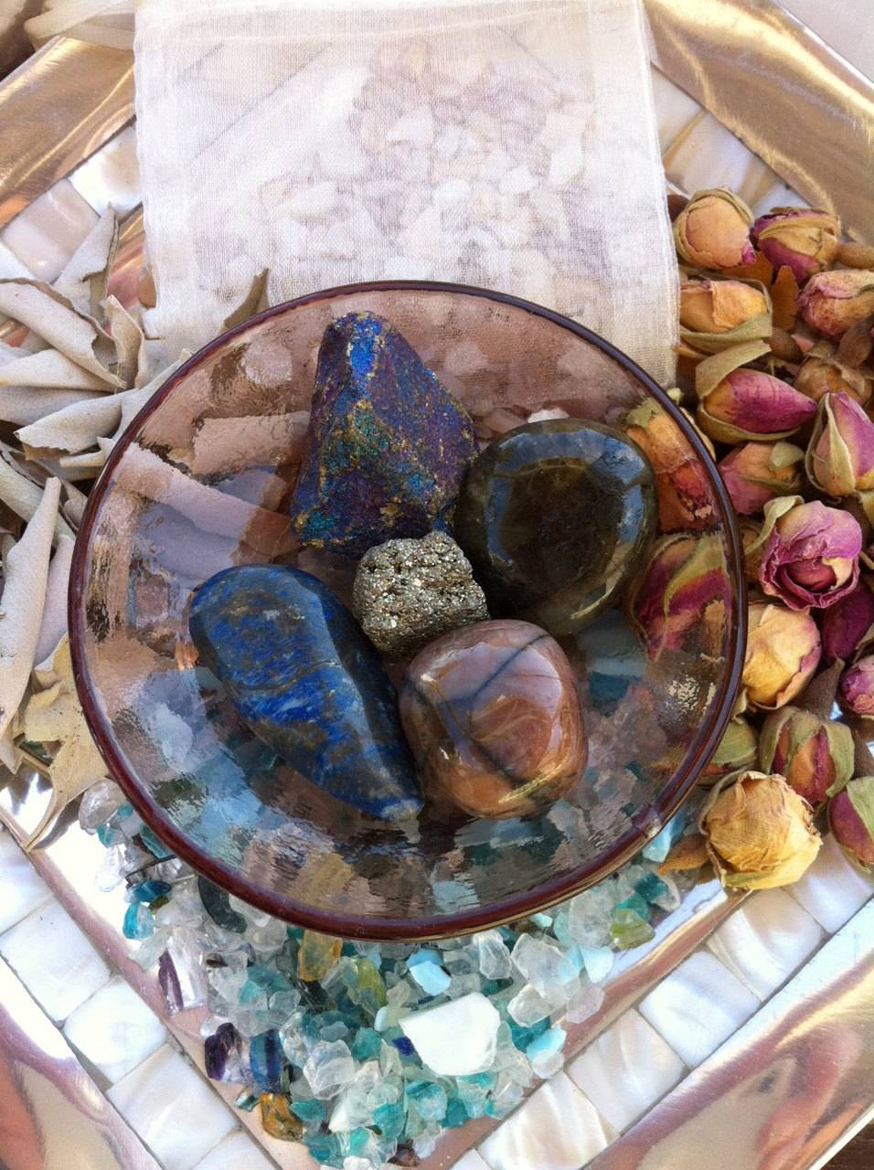 Sacred magic gem and crystal healing completer set with descriptions