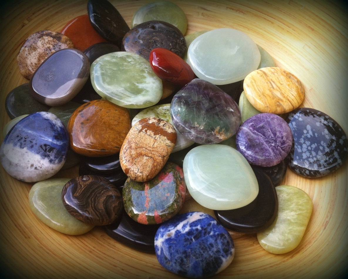 Palm Stone grab bag - Intuitive selection of palm stone for you