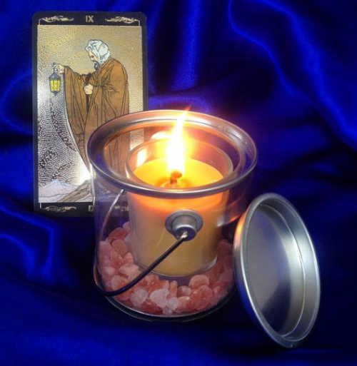 tarot travel candle