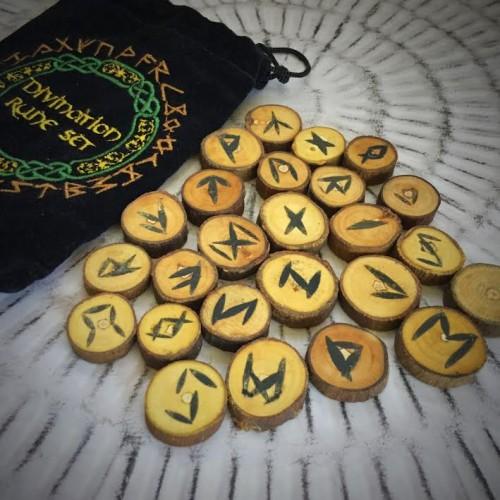 Wood Runes Set