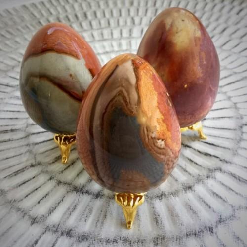polychromejasper egg