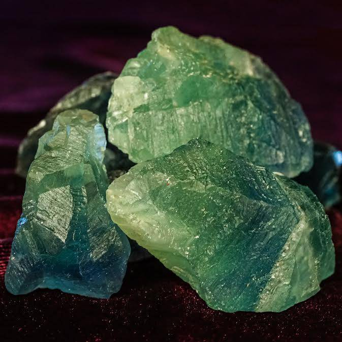 Fluorite natural