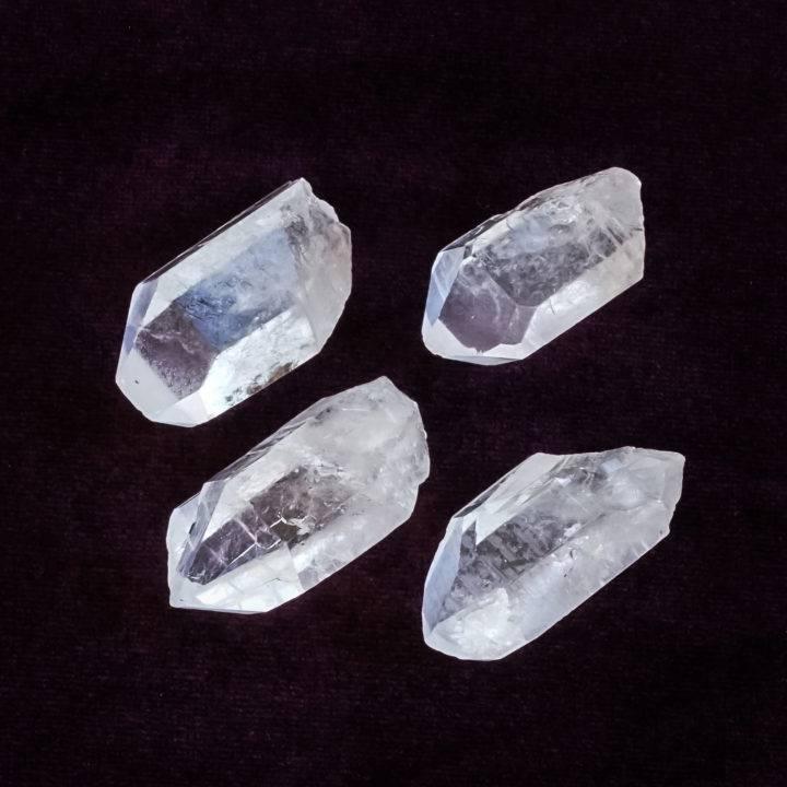 clear quartz points fear releasing