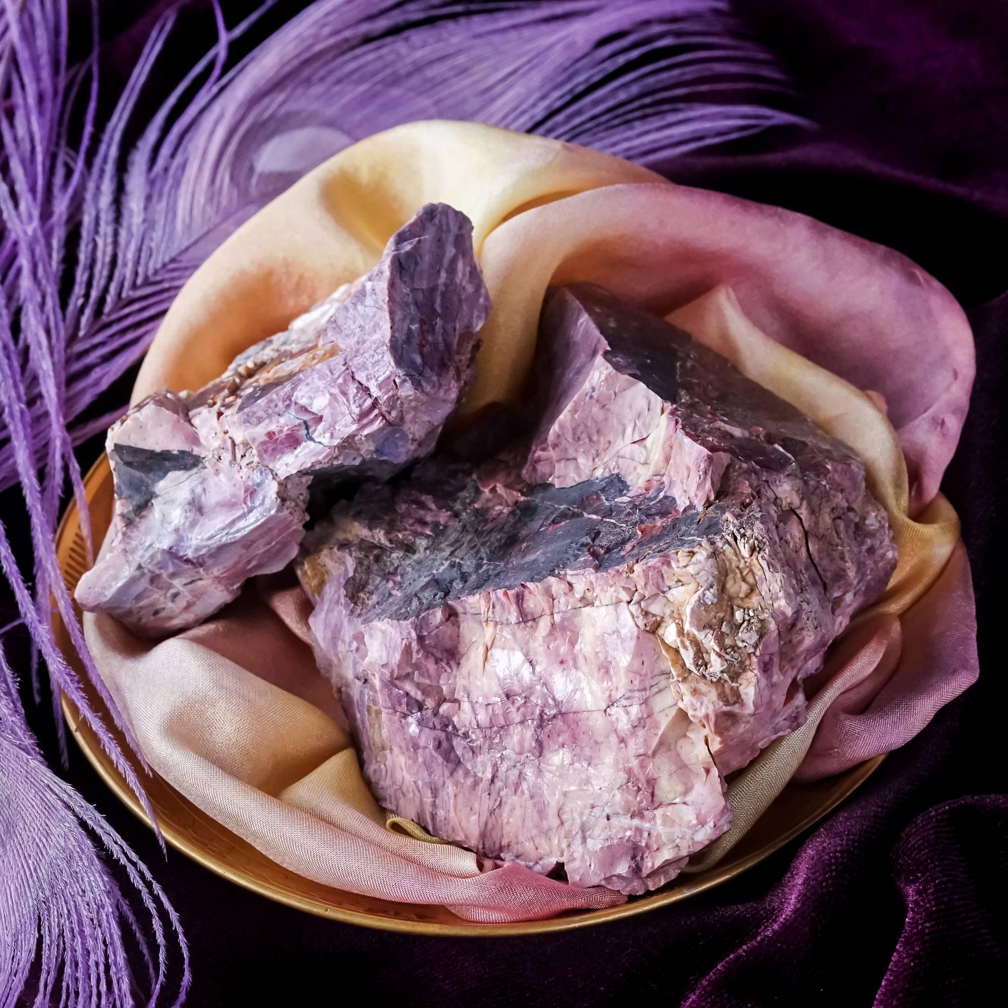 lavenderite stones