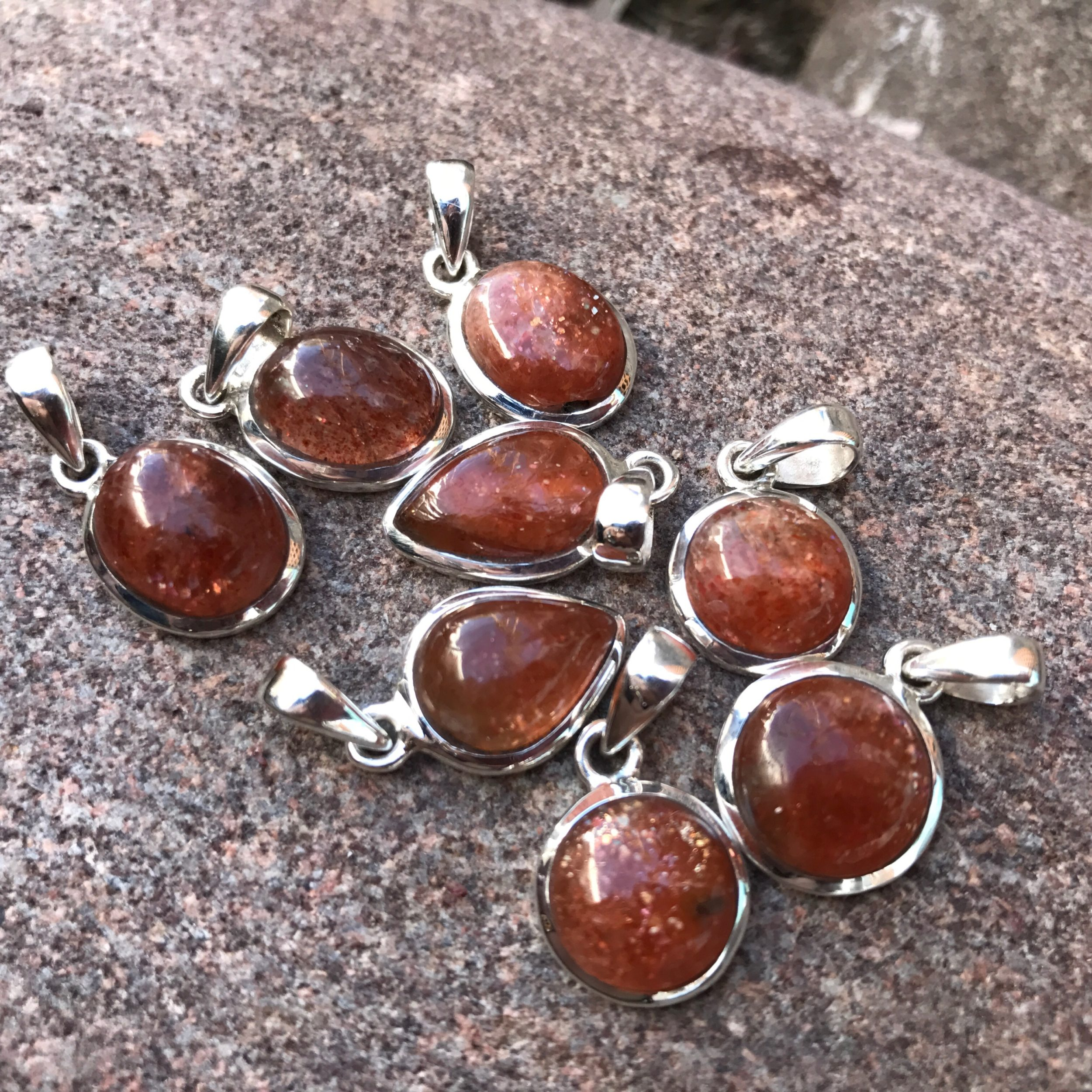 german polish oxidized sunstone pin stone gold india silver pendant jewelry