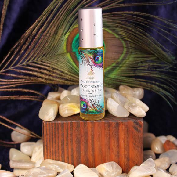 Moonstone perfume