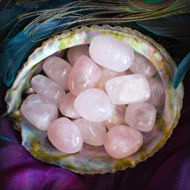tumbled rose quartz
