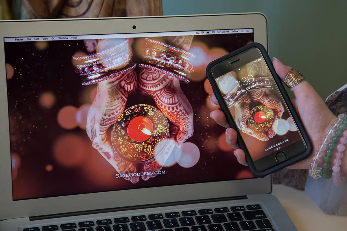 free custom sage goddess downloadable diwali screensaver