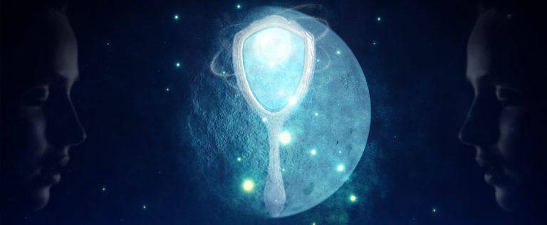 Gemini Full Moon – The Mirror is Your Friend