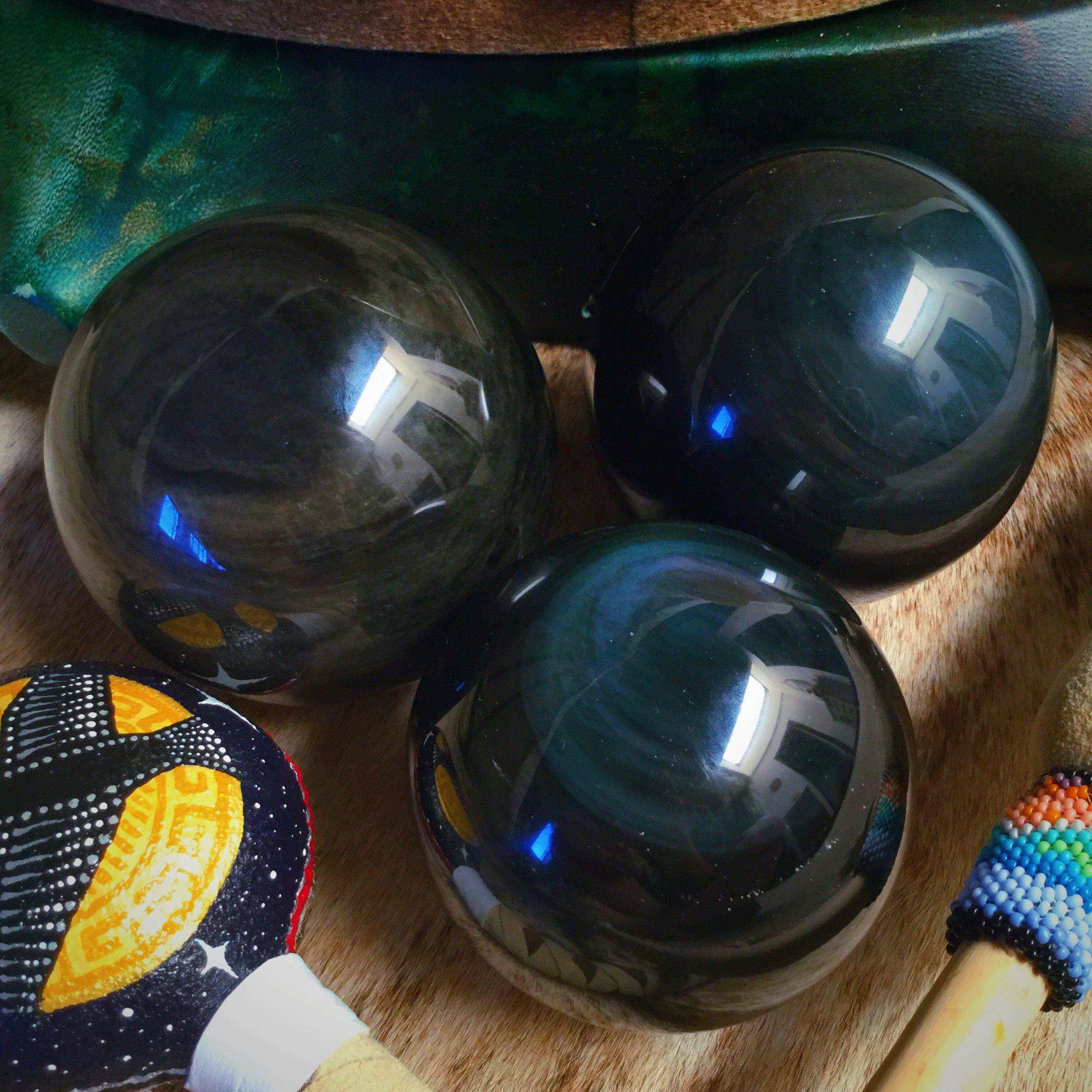 rainbow-obsidian-spheres.jpg.optimal
