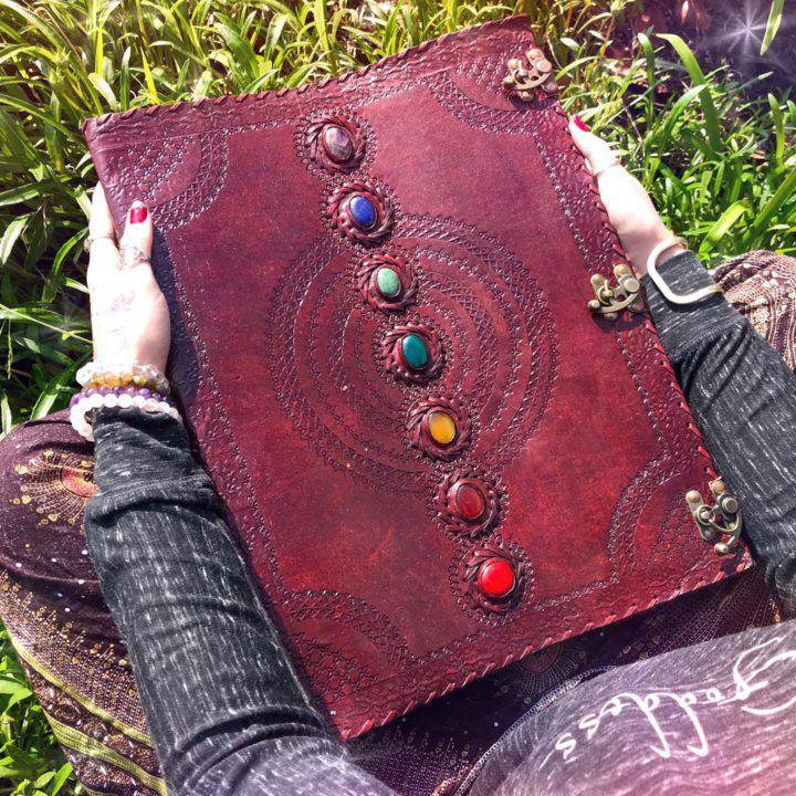Chakra_Leather_Journals_1of5_11_21