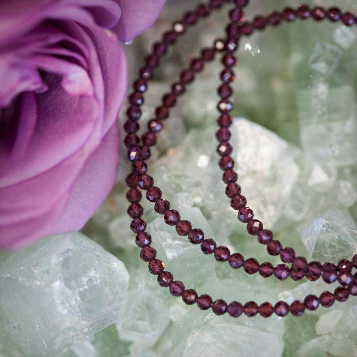 Grounding Necklaces 5_10 featured