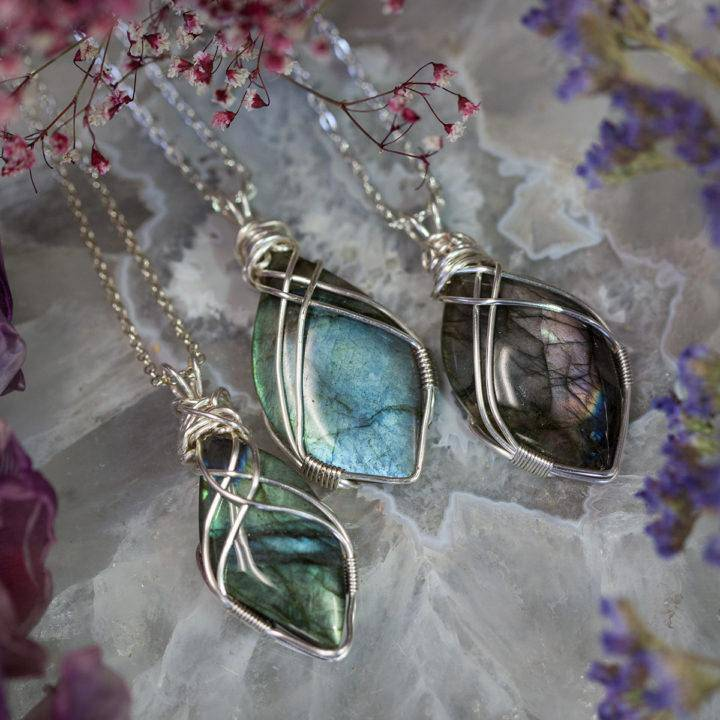 Labradorite Cabochon Wire Wrap 6_13 featured