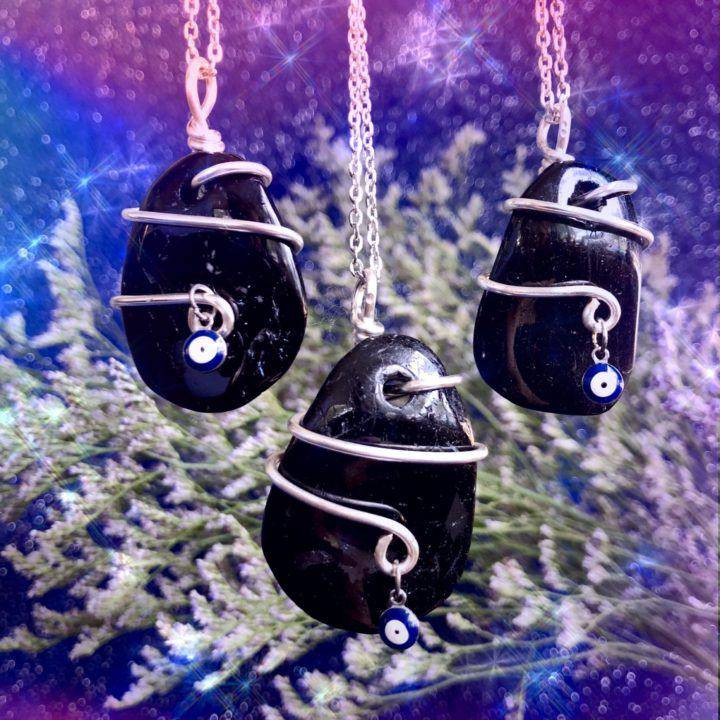 Wire_Wrapped_Protection_Pendants_1of3_9_15